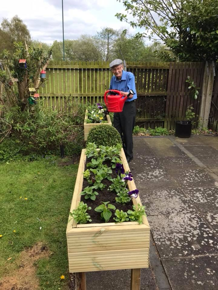 Les Appointed Head Gardener